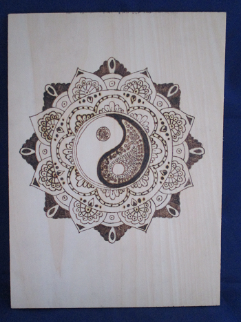 Decorative Yin Yang Pyrograpghy